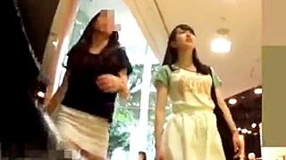 kakuregaさん パンチラ小人目線☆☆(pa-to60)[街角編]