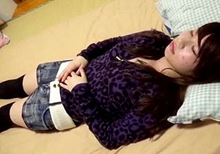 都内の女子大生 成川かえで(20) 睡眠●ハメ撮り 元ヤンの中年OB クスリを飲ませて無防備状態に中出し