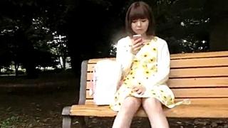 【ガチ盗撮】☆清楚系☆ロリ素人の純白パンツをGET!