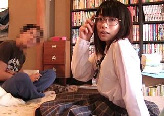 【個人撮影】ハメ撮りが金になることに味をしめた高校生カップルが投稿!生々しい自宅セックスをご覧ください