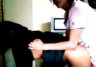 自宅でJKをハメ撮りした男のリベンジポルノ動画