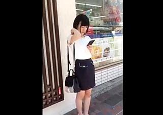 TAKA 【超S級】ロリ可愛い乃木坂級美女のガードの緩いカラフルパンツ盗撮成功!
