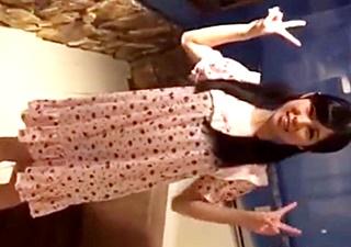 【個人撮影】きゃりー親衛隊のファン喰い疑惑!ピンク乳首の正統派美少女のちっぱいに悪戯する男の動画が流出