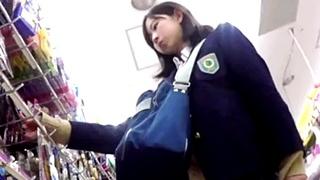 JK好き撮り師のパンチラ盗撮動画