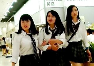 ☆プルート☆ 制服白パン逆さ撮りNo25