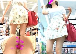 美人な花柄スカートのお姉さんのTバックを逆さ撮り