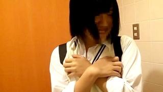 学校帰りの制服JKとトイレで円光