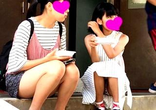 超絶美少女JCの木綿パンチラを対面盗撮