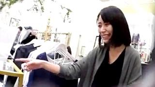 逆さHEROさんの店員撮り72! 今時珍しい黒髪の美人さん