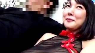 三十路の美人な人妻の乱交不倫セックス