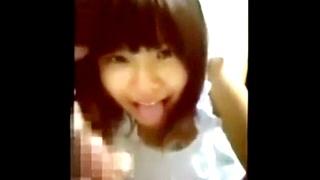 激カワJKのフェラ抜きスマホ映像
