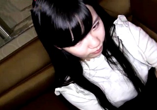 お嬢様JDの初撮りエロ動画