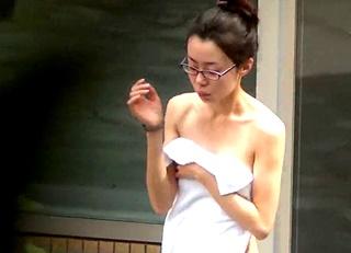 【高画質】お顔◎、スタイル◎、平均点以上の素人娘たちの裸体を覗き見した露天風呂専門撮り師のお風呂盗撮動画!