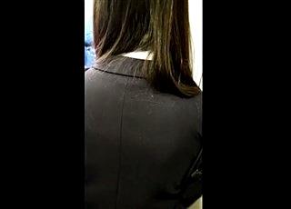 JR某線。超満員電車で耐えることしかできない通学中の制服JKを辱める痴漢行為の一部始終を2カメで記録した危険な映像