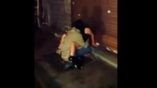 【閲覧注意】SNS大炎上!酔いつぶれた女性をレイプするホームレスを隠し撮りした動画がアップされる