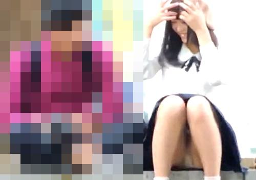 【盗撮動画】イチャ付いている素人カップルに近づき美人な彼女の座りパンチラをズームで拝見