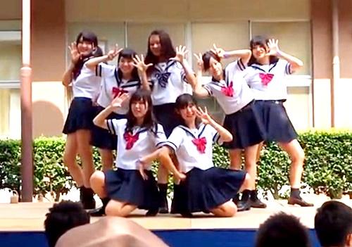 YouTubeで削除されたセーラー服JKパンチラ文化祭ダンス動画が流出してしまってる件