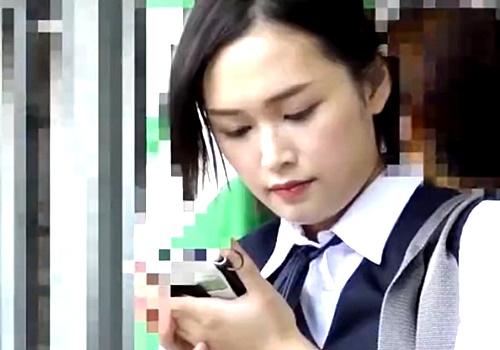 【痴漢動画】S級美少女JKちゃん、通学電車でアナル処女を失ってしまい絶望する・・・