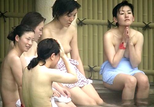 【Aquarium】社員旅行で露天風呂に来た黒髪清楚な美人OLを一網打尽にする鬼畜露天風呂盗撮