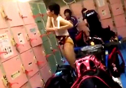 【盗撮】水泳部JKちゃん、同級生に着替えを隠し撮りされてしまう・・・