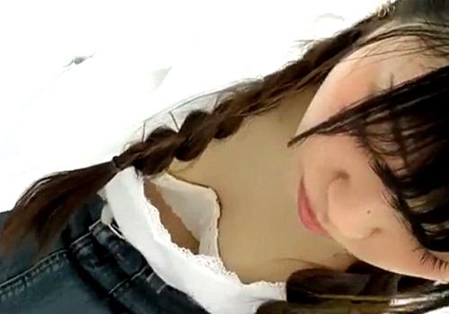 大学サークルBBQ大会で女子大生のパンチラ&胸チラを盗撮しまくった男が動画をネットに投稿してしまう・・・