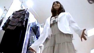 【Mr.研修生】超かわいいアイドル顔のアパレル店員さん、注文通りのドット柄パンティー