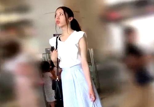 【盗撮動画】フロントの花柄までばっちり撮られる美人JD(前作動画もアリ)