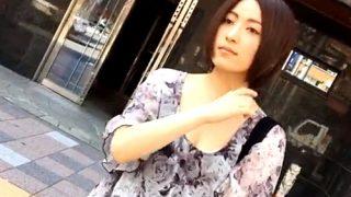 クッッソ美人なお姉さんのスケスケTバックの逆さ撮りに成功したから公開するwwww(動画あり)