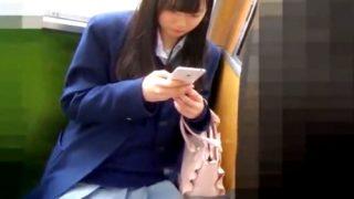 【逆さ&座り】可愛すぎるJKちゃんの可愛すぎるピンクぱんつを粘着撮りすること4分09秒!