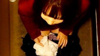 【動画】最先端の女子トイレ盗撮システム、おしっこのぴちゃぴちゃ音まで鮮明に記録してしまう