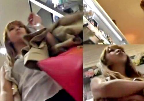 【動画】盗撮魔「あの金髪ギャルかわええ///」逆さ撮りとスカートめくりで生パンGETしまくるwww