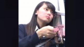 乃木坂○6系の超絶美少女JKちゃんに密着して制服スカートの下の白サテンPを徹底調査!【エロスの解明者ペニス】