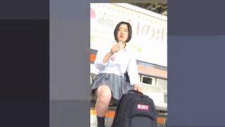 スポーティータイプのミニスカJKちゃんの丸いお尻と純白パンチラ【kakurega】