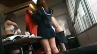 変態教師、教え子のギャルJK達が制服からブルマ体操服の着替えを教室に仕掛けた隠しカメラで盗撮