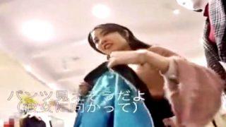 【動画】「パンツ見えそうだよ?」声掛けでセクハラされながらパンチラ盗撮されるショップ店員