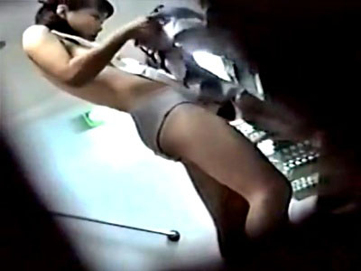 女子校脱衣所本物盗撮動画。純白綿パンツ率が高すぎてワロタwwww
