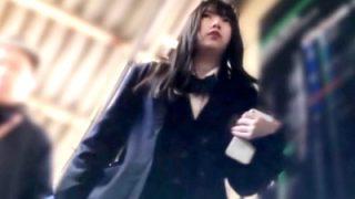 むっちり童顔JK2の逆さ撮り純白ぱんつ、ごらんくださいwwww(盗撮動画)